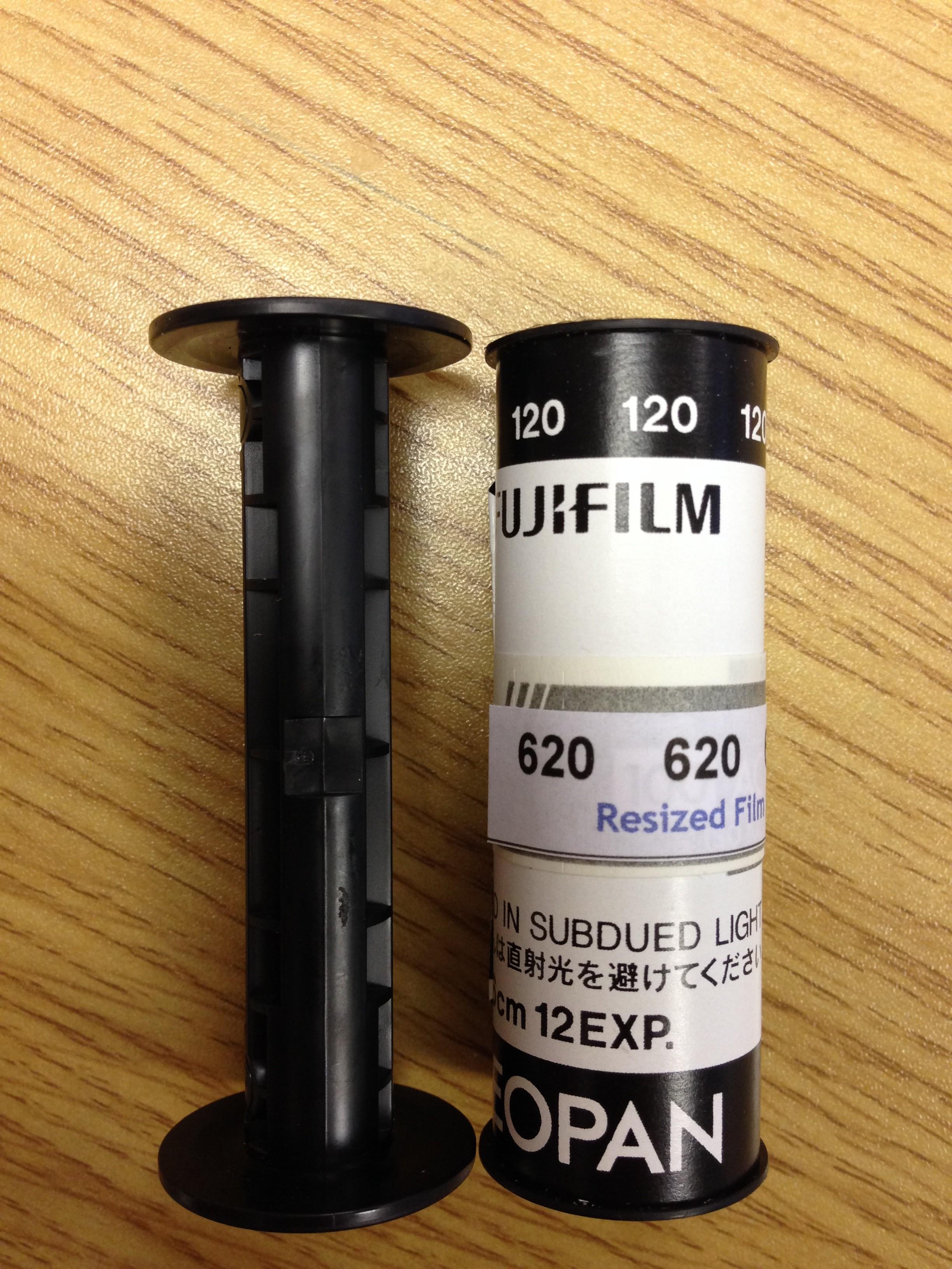 Amazon.com : 10 Empty Kodak 120 / 220 Medium Format Plastic Film ...